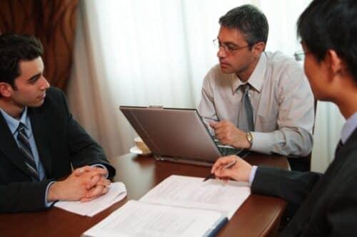 Ключевой обязанностью менеджеров по закупу является поиск новых поставщиков